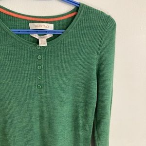 Medium Ellen Tracy sweater